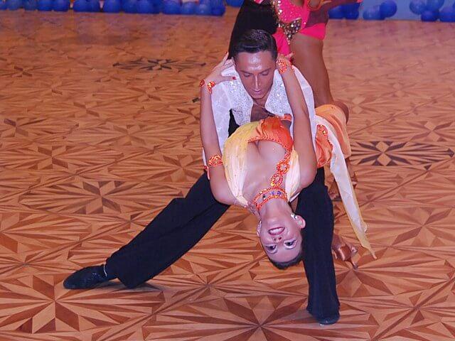 Program vara scoala de dans