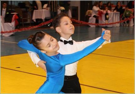 cursuri dans, cursuri dans sportiv, cursuri dans copii, lectii private dans, dans sportiv bucuresti, dansatori profesionisti, dansatori evenimente, dansatori nunta, dans nunta, dansul mirilor