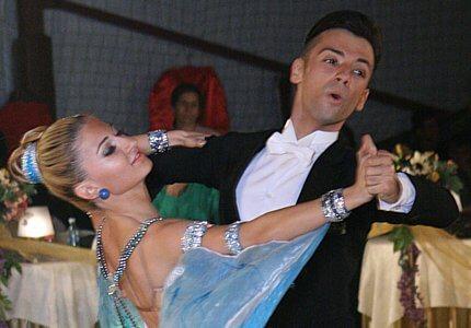 Baicoianu Razvan - Pana Antonia cursuri dans, cursuri de dans, cursuri dans bucuresti, cursuri de dans bucuresti, lectii dans, lectii de dans, lectii dans bucuresti, lectii de dans bucuresti, dans nunta, dans pentru nunta, dans nunta bucuresti, dans pentru nunta bucuresti, vals Cursuri de dans in Bucuresti pentru copii,dans pentru adulti, Cursuri dans locatie centrala, dans Berceni, dans incepatori si performanta, Dansatori profesionisti evenimente, Club afiliat la Federatia Romana de Dans Sportiv, instructori si antrenori profesionisti dans, Performanta si educatie prin dans, Cursuri de dans in Bucuresti pentru dansul mirilor, lectii individuale de dans cu profesori recunoscuti, Dansul pentru toti, Dansuri latino, dansuri clasice, samba, cha-cha, jive, paso, rumba, tango, vals vienez, slow fox, quick step, sala dans, salon dans, sala de inchiriat, dans sector 3, dans sector 4, dans popesti leordeni, cursuri dans sportiv, cursuri dans bucuresti, cursuri dans popesti leordeni, cursuri dans sector 3, cursuri dans sector 4