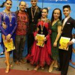 Geanina, Justin, Octav, Ioana, Melania, Miky dans copii