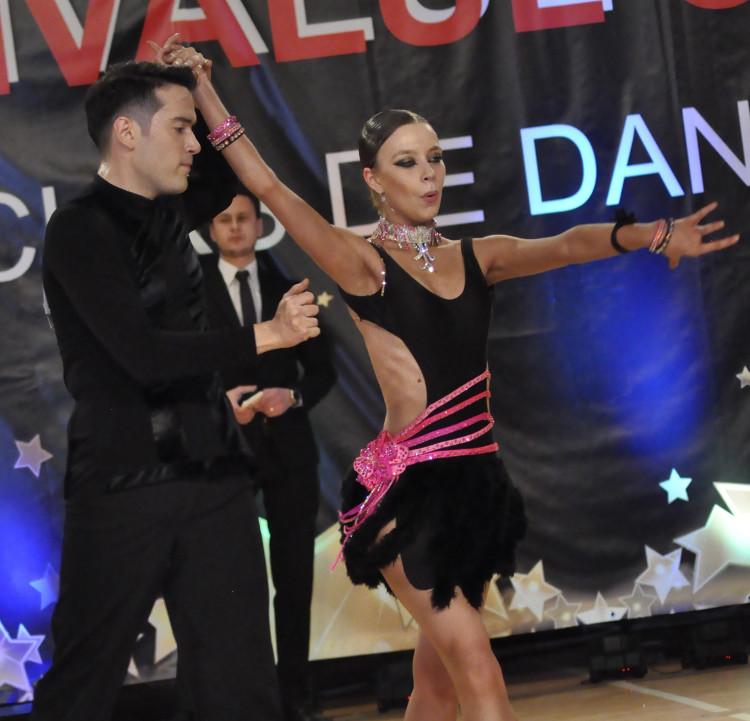 Micle Radu - Cîrneală Bianca, scoala de dans