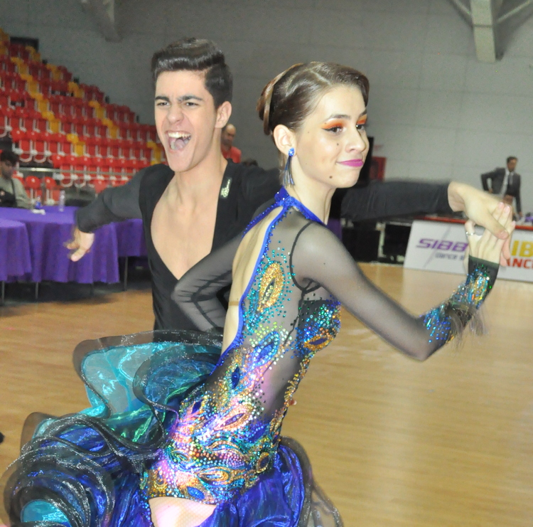 Smadu Robert - Săndulescu Andreea - cursuri de dans